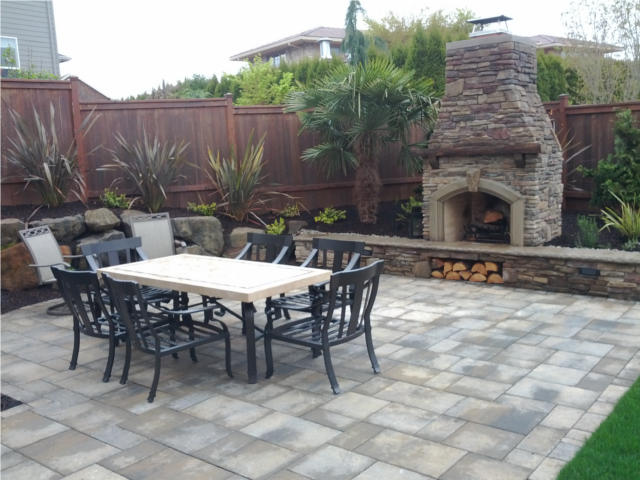 Outdoor Fireplace and Patio in Vancouver WA